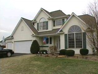 [Sharon Bychowski home on Pheasant Court - House Screen capture from http://www.myfoxchicago.com/]