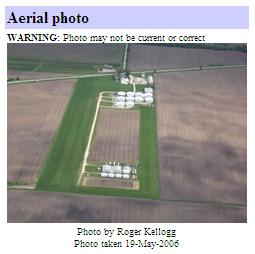 [Cushing Field, Newark, Illinois - Photo from http://www.airnav.com/airport/0C8]