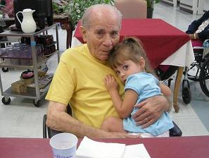 [Caylee Anthony and her Great Grandfather, Alex Plesea 06-158-2008 at Mt.Dora Nursing Home on Father's Day]